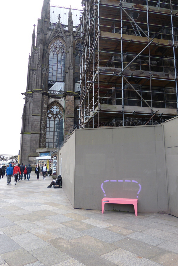 Wild Bench at the Dom of Cologne