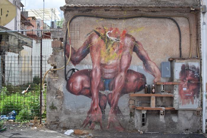 street art rome headless