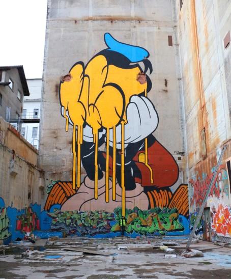street art bust mickey